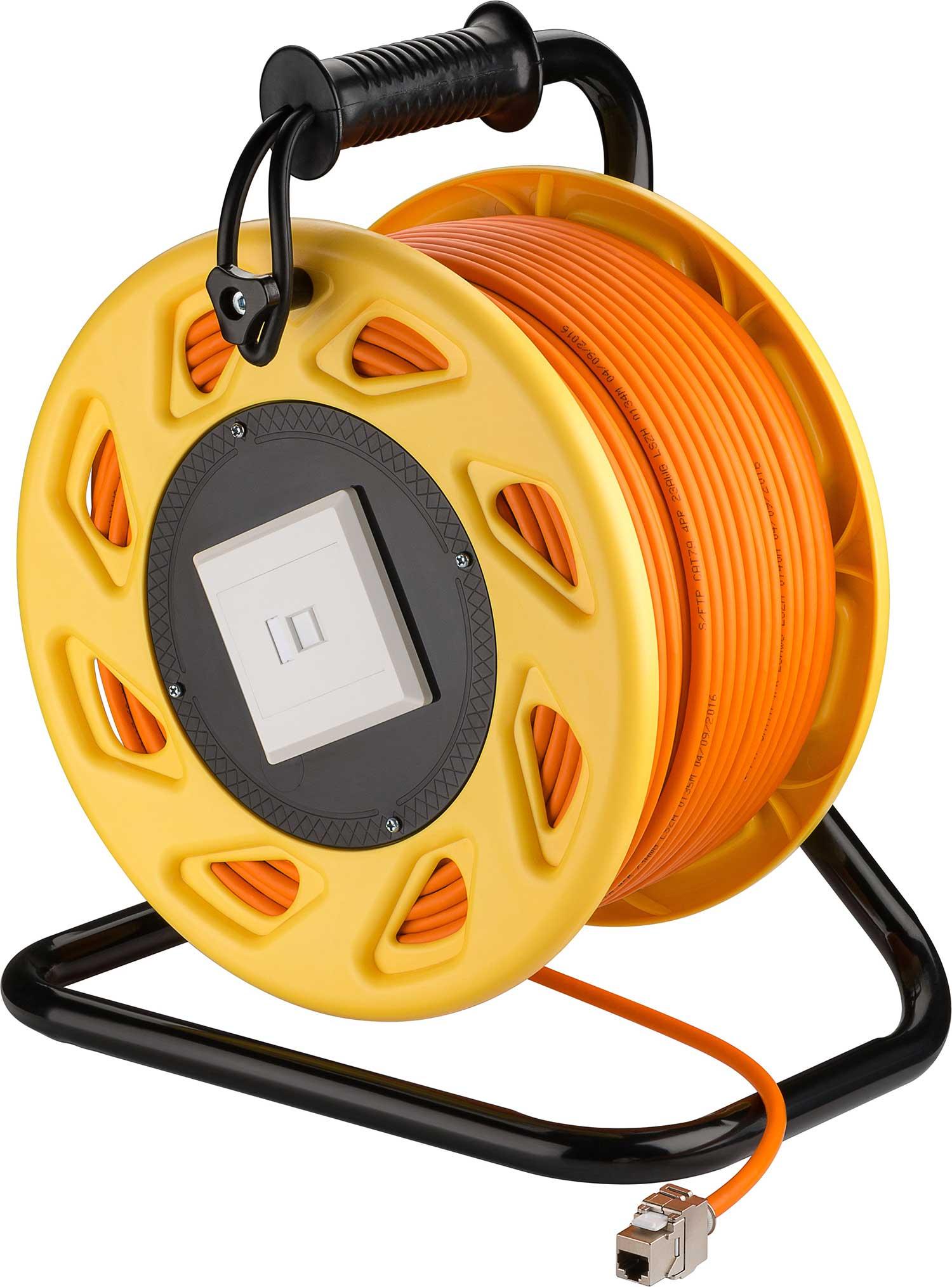 Cat 7 Netzwerkkabel auf einer Trommel